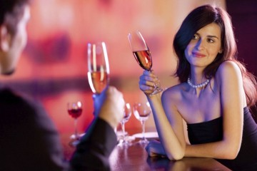 4 elegant looks for a perfect date