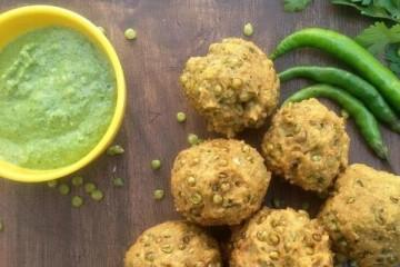 Relishing Street foods In Surat