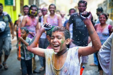 See What It Would Be Like If It Rains This Holi