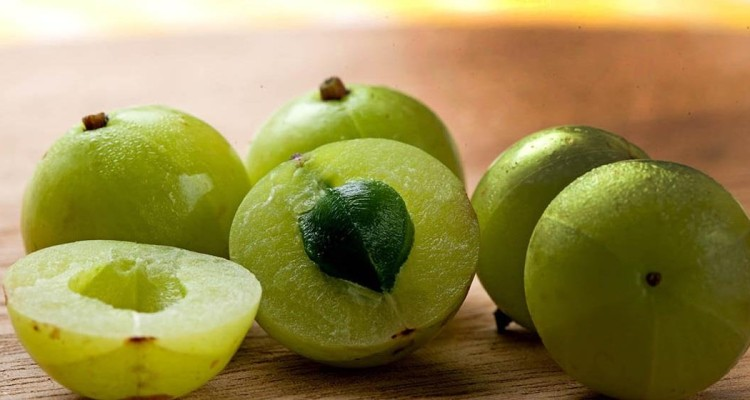 21 Amazing Benefits Of Indian Gooseberry (Amla)