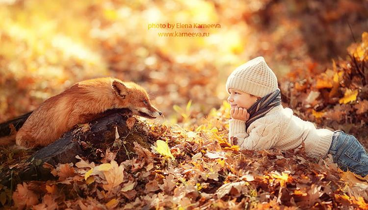 Do Check Out Elena Karneeva S Collection Which Has Other Creative Photographs Of Mothers Babieany More Including The Cute Kids And Animals Cuddling