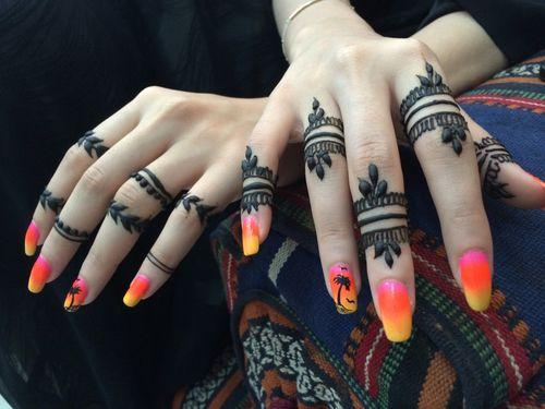 Elegant and unique finger mehndi designs7