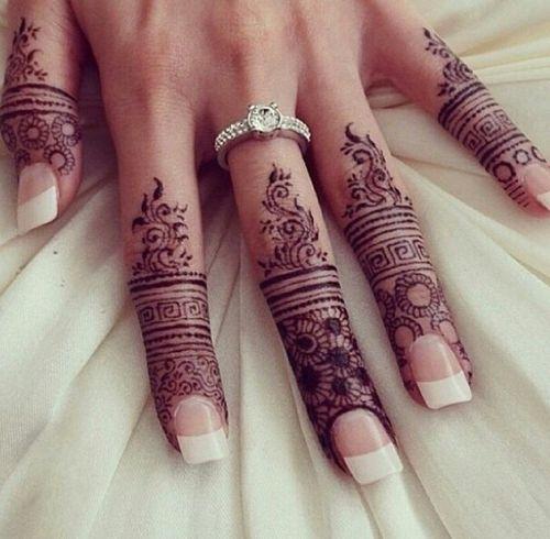 Elegant and unique finger mehndi designs9