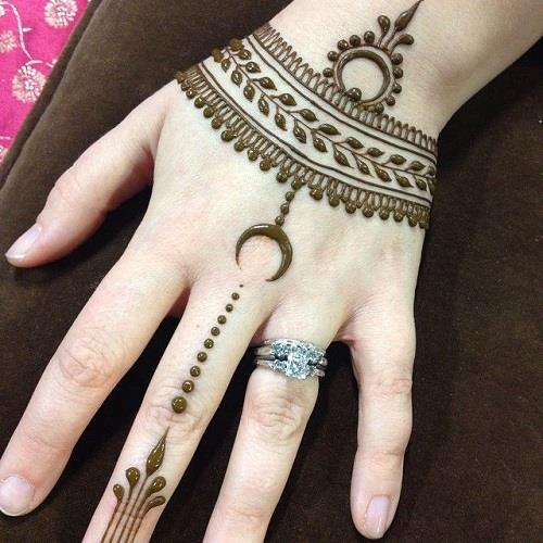 exquisite mehndi design 6