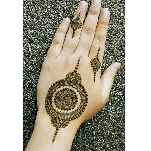 exquisite mehndi design 9