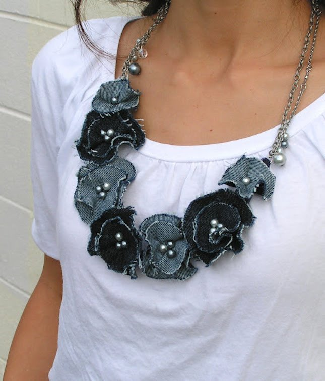 denim flower necklace