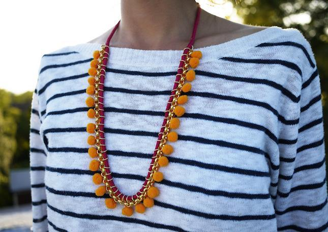 pompom diy necklace