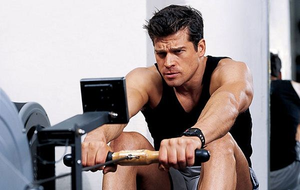 Rowing workout - exercises that burns fat faster than running