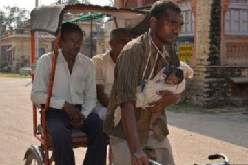 Emotional Story of a Rickshaw puller and daughter Damini