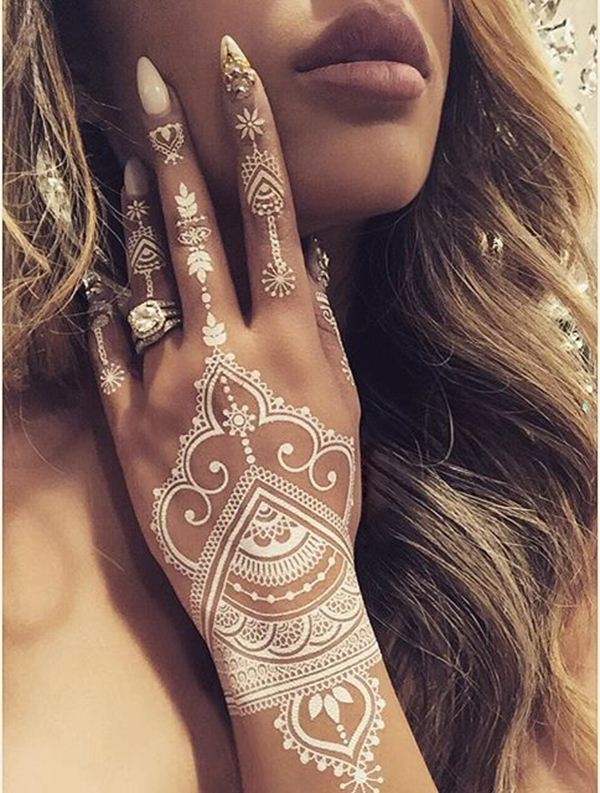 Beautiful Henna Tattoo Designs For Your Wrist: 19 Stunning White Henna Designs For You