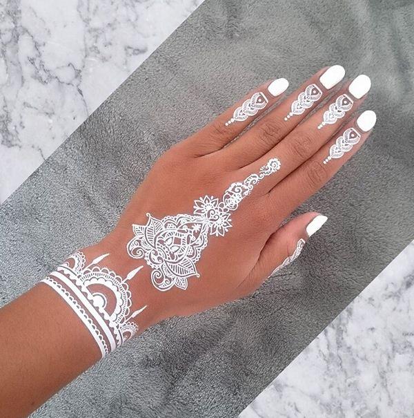 Black Henna Designs: 19 Stunning White Henna Designs For You