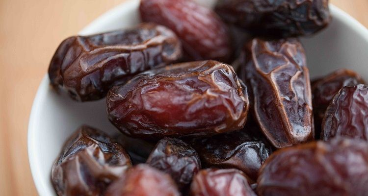 10 Amazing Health And Beauty Benefits of Dates