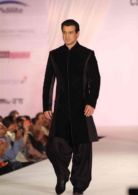 Basic and Simple long Sherwani 011220151