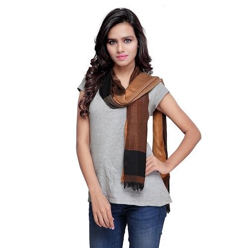 Elegant nylon scarf