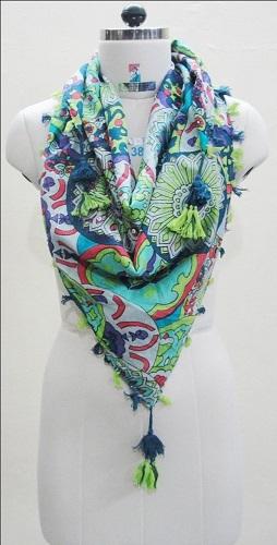 Multicolor printed scarf