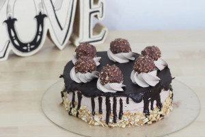 Simple Yet Delicious Eggless Ferrero Rocher Ice Cream Cake