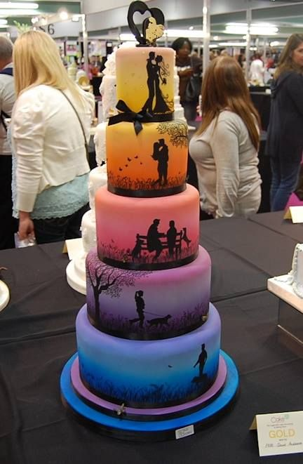 Story telling wedding cake2