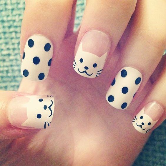 Super cute polka dots and kitty nail art - 50 Different Polka Dots Nail Art Ideas That Anyone Can DIY