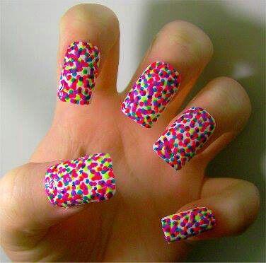 Super duper cute and easy polka dots design