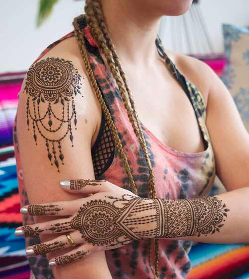 Shoulder Mehndi-Heena 16
