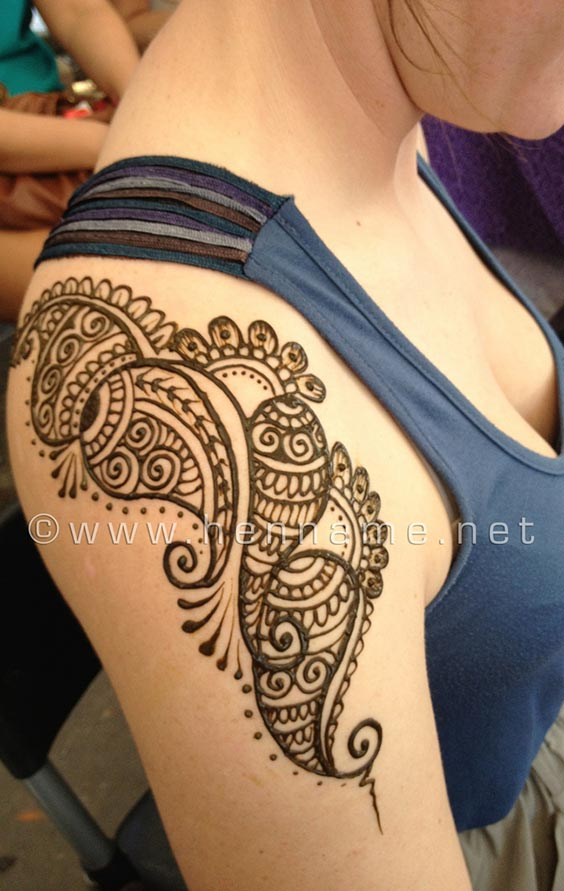 Shoulder Mehndi-Heena 21