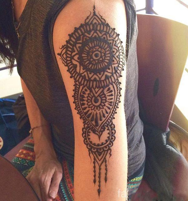 20 best shoulder mehndi designs for those who love to for Henna tattoo arm designs