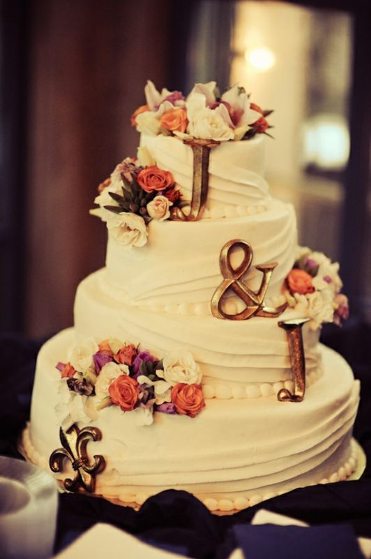 25+ Interestingly Unique Wedding Cake Ideas For Your Big Day