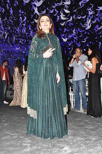 Nitu Ambani at Manish Malhotra Summer Resort Collection 2016-7