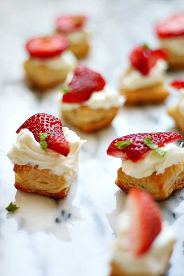 Strawberry-Pastry-Bites-With-Mascarpone