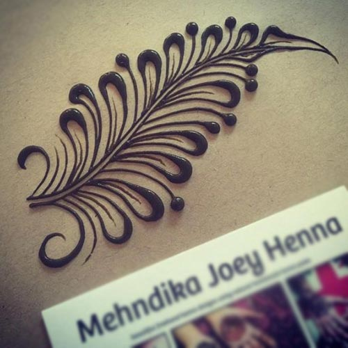 Simply beautiful feather design