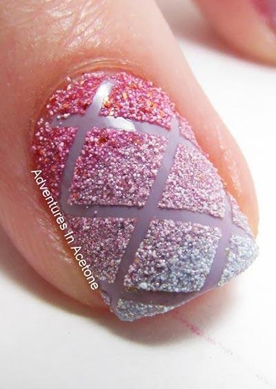 Criss cross nail art
