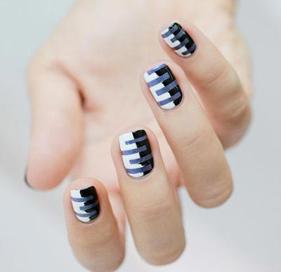 20 coolest striped striped nail art designs and ideas black and white striped nail art prinsesfo Image collections