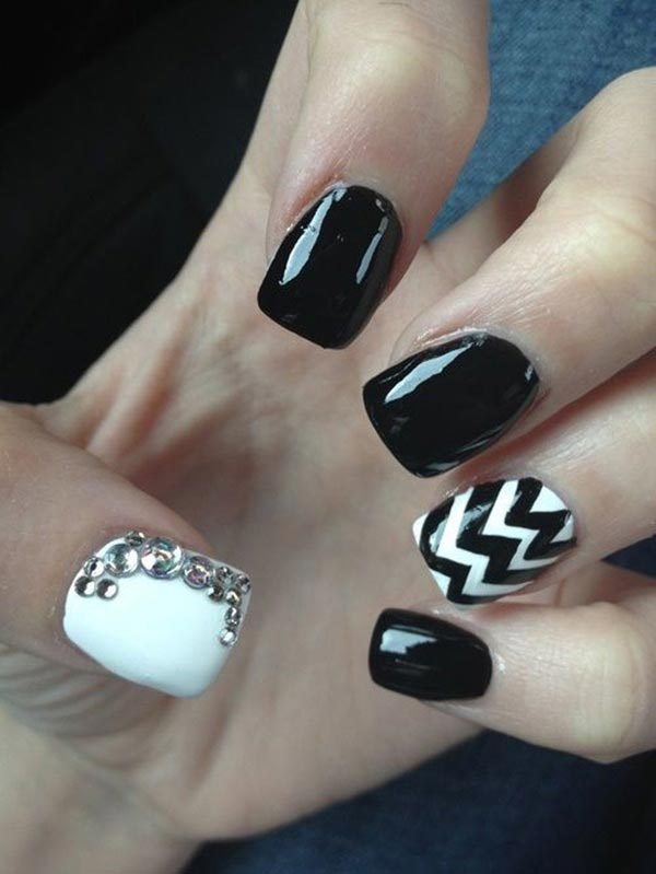 Black and white chevron nail art design