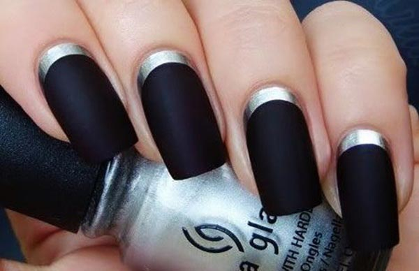 Simple and gorgeous nail art design with black nail polish and silver at bottom
