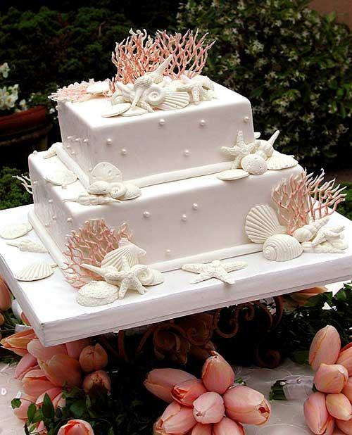 A classy beach wedding cake