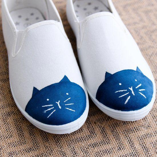 cat painted on shoes - hand painted sneakers