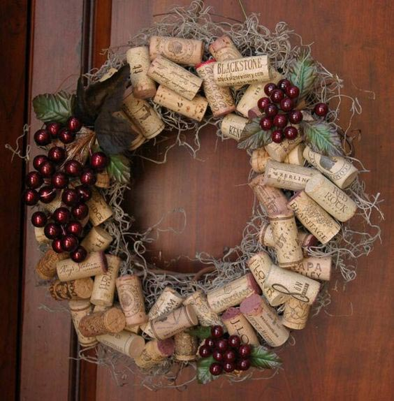 12 DIY Beautiful Home Decor Items From Wine Corks