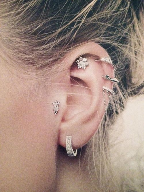Classy earrings for multiple piercing