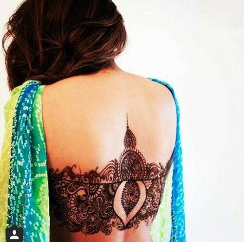 Mehndi For Back : Back henna tattoos meant for lovers