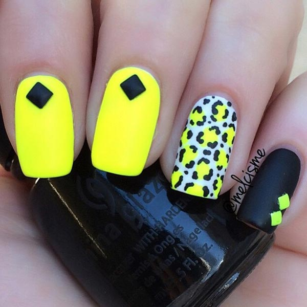 Yellow Leopard print on nails
