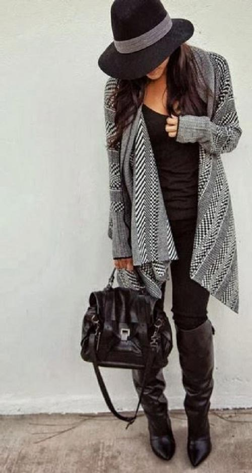 casual fall outfit paired with hat