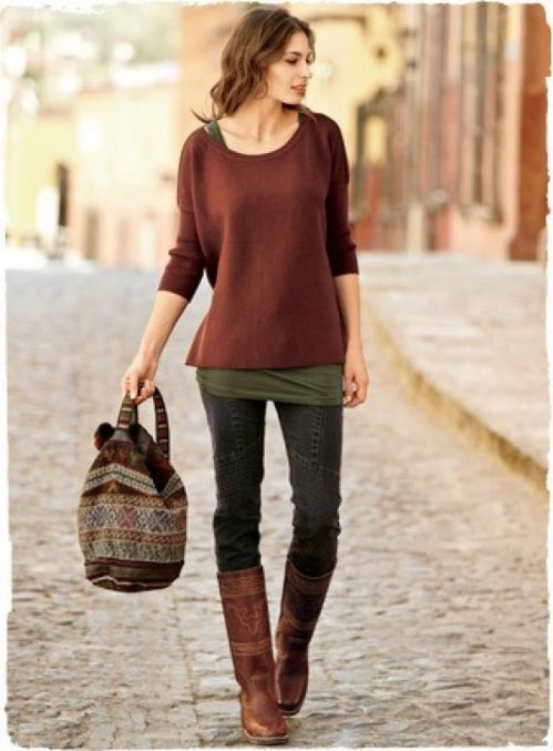 casual layered sweater and jeans fall outfit