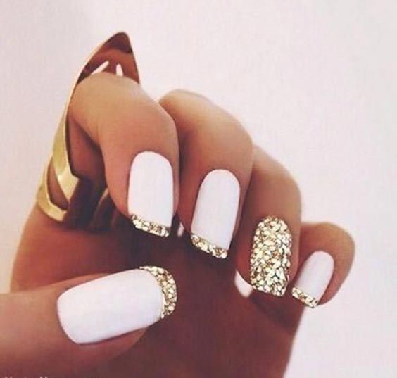Classy white nails with glitter
