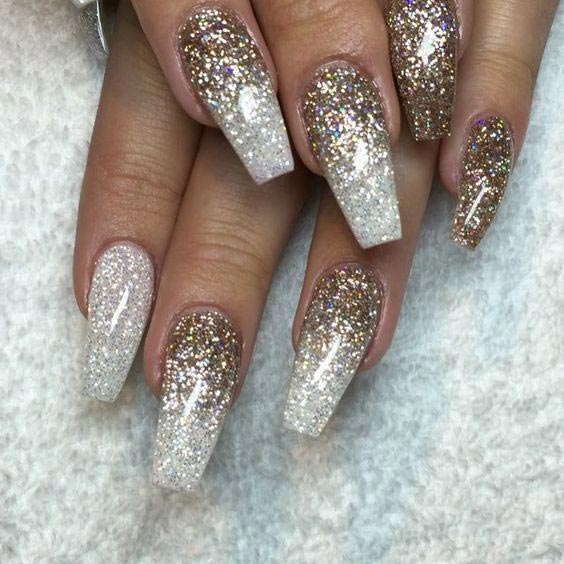 Cool Extra Sparkly Nails With White And Gold