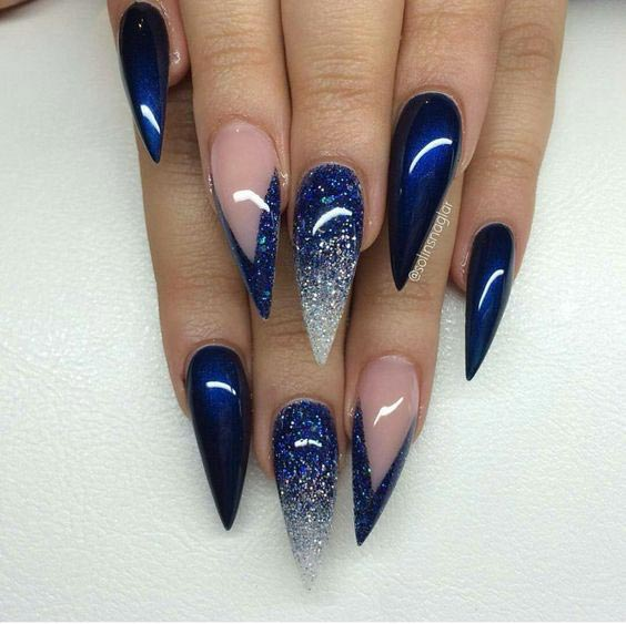 Dark blue sparkling stilleto nails