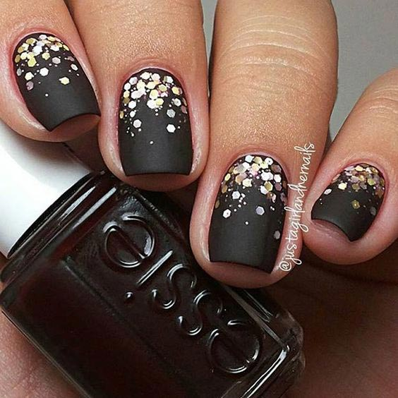 35 Easy Glitter Nail Art Ideas You Will Love To Try