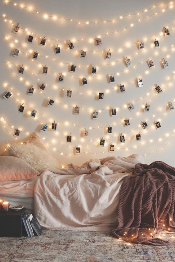 String lights with clipped snaps