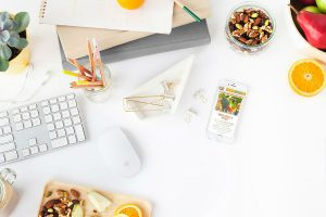 Top 9 Healthy Snacks for your office Desk
