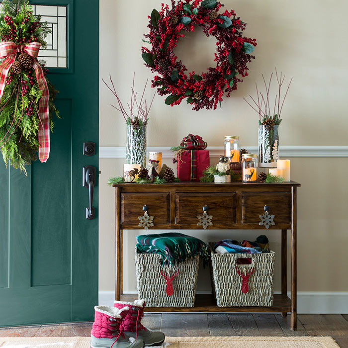 Holiday Season Entryway Decoration