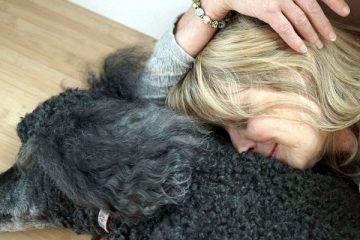 Coping with the emotional pain when a pet dies